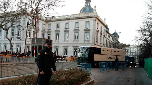 Suđenje katalonskim separatistima, demonstranti blokirali puteve