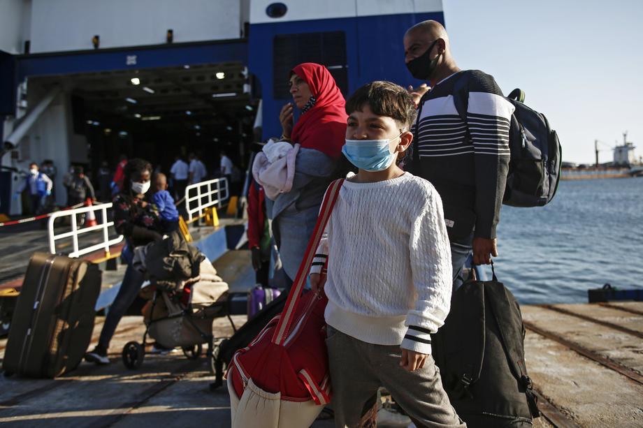 Sukob migranata i marokanske policije na granici sa Seutom