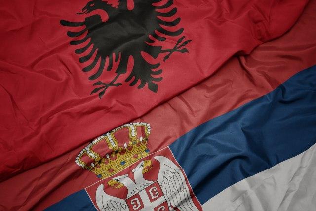 Sukob u Bujanovcu zbog zastava - Srbija ili Albanija? VIDEO