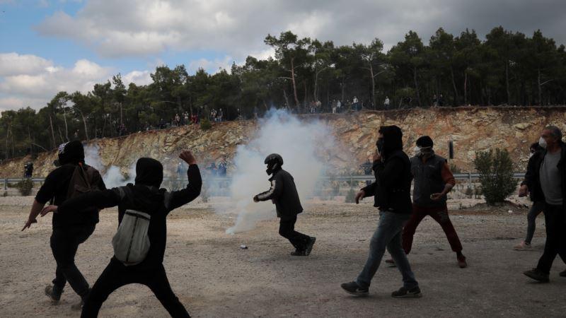 Planirani novi protesti na Lezbosu zbog izgradnje migrantskog kampa