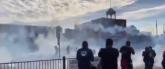 Sukobi, suzavac, požari i pljačke tokom protesta u SAD VIDEO
