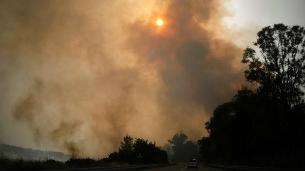 Šumski požari bukte u Izraelu, evakuisano više hiljada ljudi