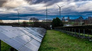 Sunce i vetar dostigli 10 odsto udela u svetskoj proizvodnji struje