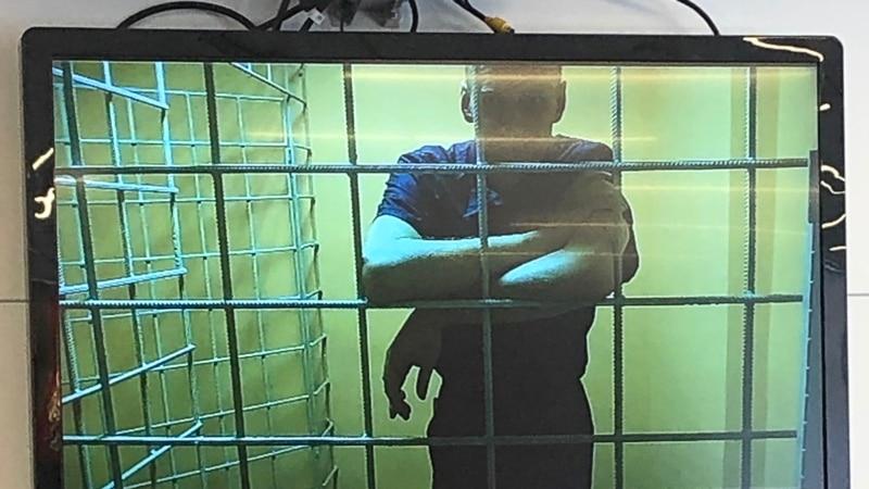 Supruzi Navaljnog omogućeno da provede sa njim tri dana u zatvoru