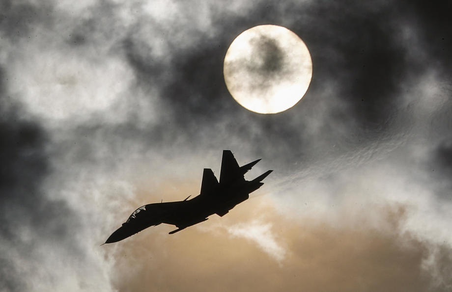 Susret ruskog Suhoja i dva američka bombardera iznad Baltika