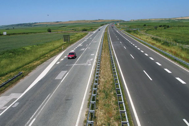 """Sutra potpisivanje sporazuma o finansiranju koridora """"Pet Ce"""""""