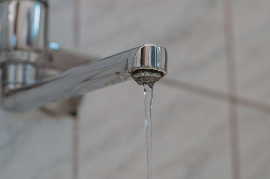 Sutra u celom gradu zbog radova privremeno niži pritisak vode