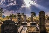 Svađa oko spomenika ateisti, u Novom Pazaru niko ne popušta