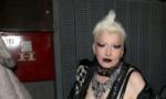 Svađa zbog mobilnog telefona: Slađanu Milošević DEČKO PRETUKAO i gurnuo na veš mašinu i kadu