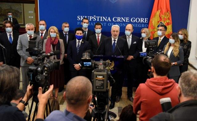 Sve ih proglasiti personama non grata u Srbiji
