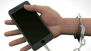 Sve veća zavisnost od smartfona