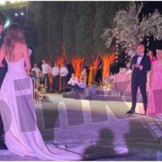 Svi su pričali o Đukanovićevoj snajci, a evo kako su na luksuznom venčanju izgledali Blažo, Milo i njegova žena! (FOTO)