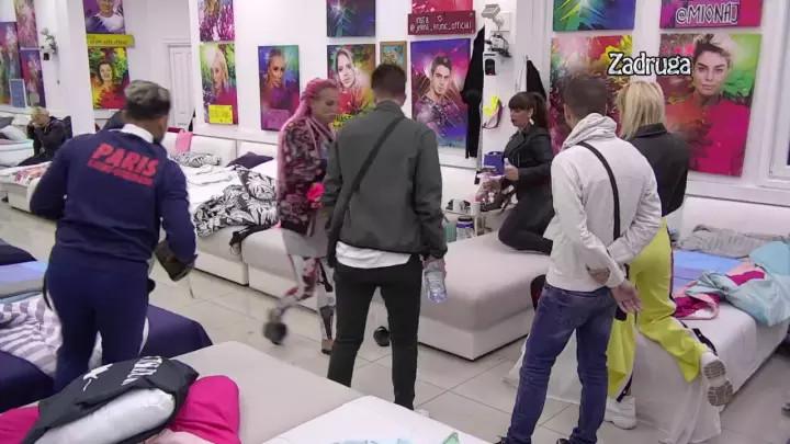 TENZIJA U BELOJ KUĆI RASTE! Jelena Krunić VAN SEBE zbog Miljaninih PROVOKACIJA, a onda je zadrugarka ovako odbrusila Kulićevoj! (VIDEO)