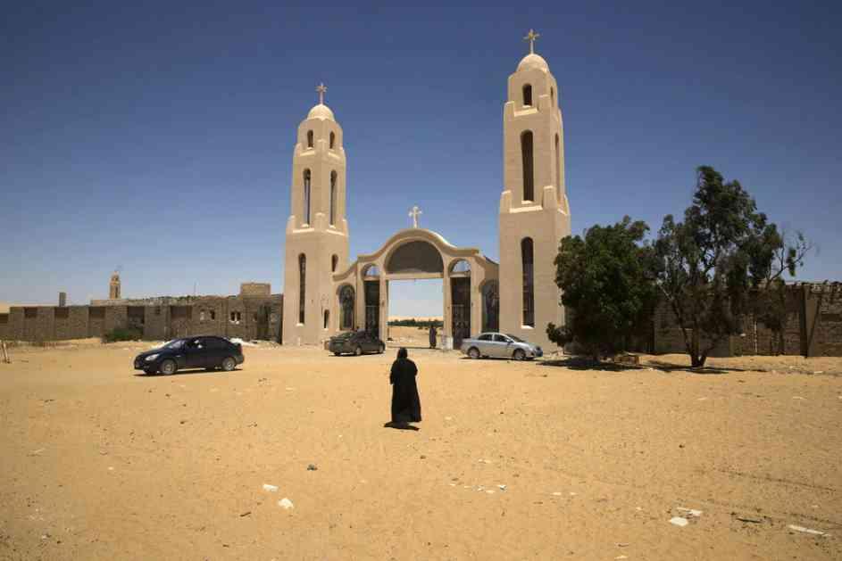 TERORISTIČKI NAPAD NA HRIŠĆANE U EGIPTU: 7 Kopta ubijeno, 14 ranjeno na putu za manastir! Strahuje se da broj žrtava nije konačan!