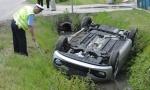 TEŠKA NESREĆA KOD UBA: Muškarac vozilom sleteo s puta, stradao na mestu