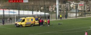TEŠKA POVREDA POSLE SUDARA U UTAKMICI KADETSKE LIGE: Poruke podrške za mladog fudbalera! (VIDEO)