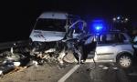 TEŽAK UDES NA IBARSKOJ: U sudaru sa mini-busom poginuo vozač fijata, povređeno 11 osoba (FOTO)