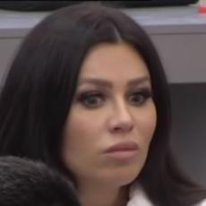 TI SI ORTODOKSNA K*RVETINA! Stanija Dobrojević je gadno ISPROZIVALA! Šta mi se G*ZIŠ?! (VIDEO)