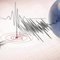 TLO NE MIRUJE NI VEČERAS: Jak zemljotres, epicentar u Jadranu (FOTO)