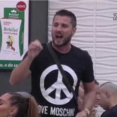 TO JE BILO U TOALETU, SA DVE DEVOJKE... Isplivale INFORMACIJE o Miljkoviću - Mina razvezala jezik!
