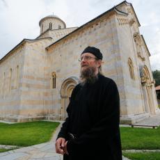 TOLIKO O VERSKOJ TOLERANCIJI ALBANACA: Crkvu pretvorili u javni toalet, a manastir Dolac razrušili (FOTO)