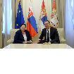 TORTA ZA KRAJ MANDATA Repčekova u oproštajnoj poseti kod Vučića