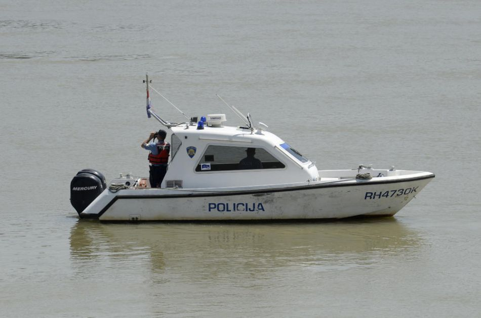 TRAGEDIJA U HRVATSKOJ: Plivač preminuo usred trke, ostali takmičari ništa nisu primetili