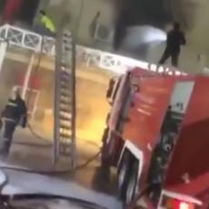 TRAGEDIJA U KOVID BOLNICI: Nakon jake eksplozije izbio veliki požar, najmanje 10 osoba poginulo (VIDEO)