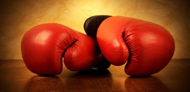 TRAGEDIJA U RINGU: Mladi bokser preminuo nakon nokauta, doktori se danima borili za život!