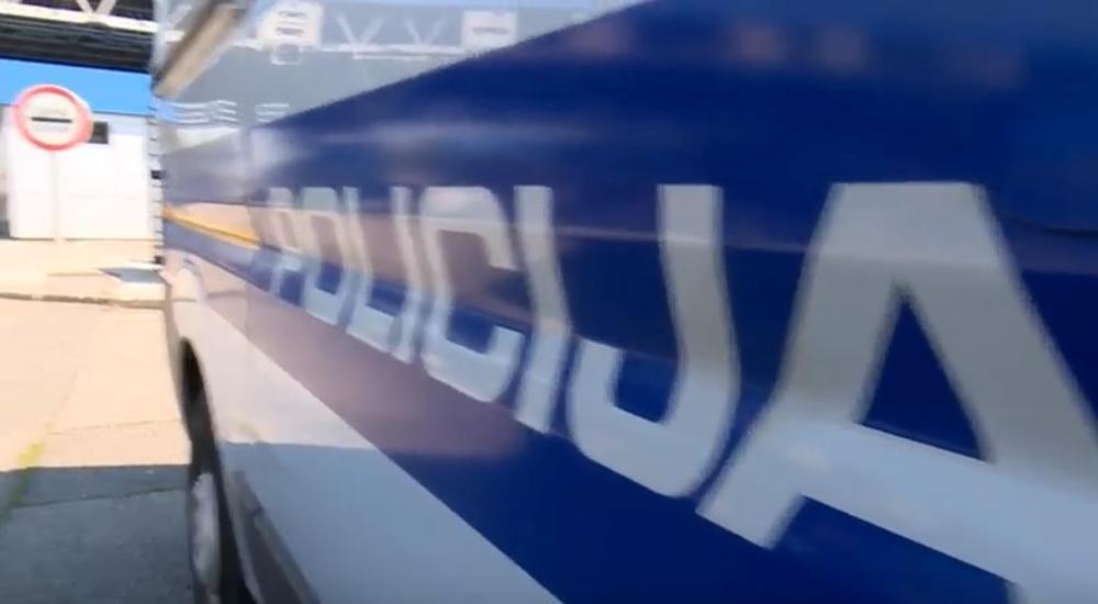 TRAGEDINA U HRVATSKOJ: U direktnom sudaru dva automobila poginule dve osobe , a dve povređene!