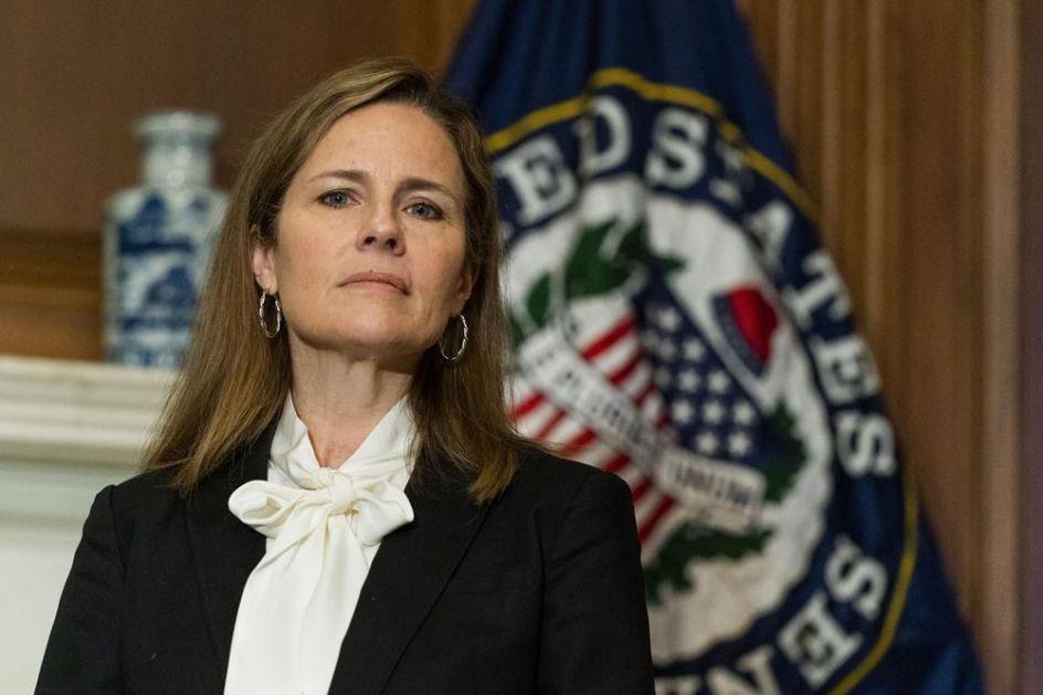 TRAMPOVA KANDIDATKINJA POTVRĐENA KAO SUDIJA VRHOVNOG SUDA: Senat glasao u njenu korist, položila je zakletvu u Beloj kući (VIDEO)