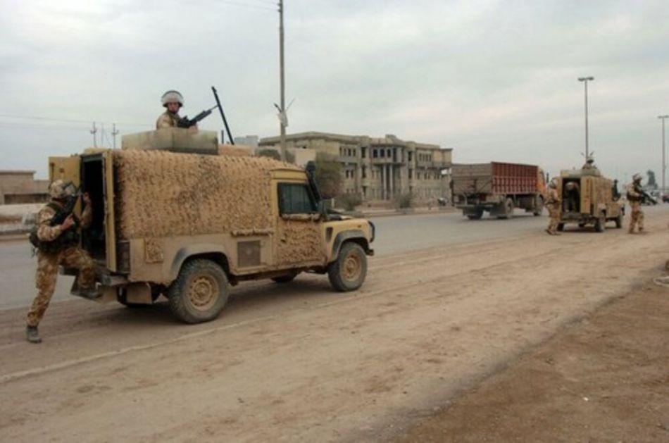 TRAŽE UTOČIŠTE U PAKISTANU: Avganistanski vojnici se povlače pred talibanima, traže pomoć od suseda