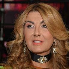 TRAŽILA JE DA ME OTPUSTE! Vesna Dedić ušla u brutalan okršaj sa poznatom pevačicom pred emisiju!