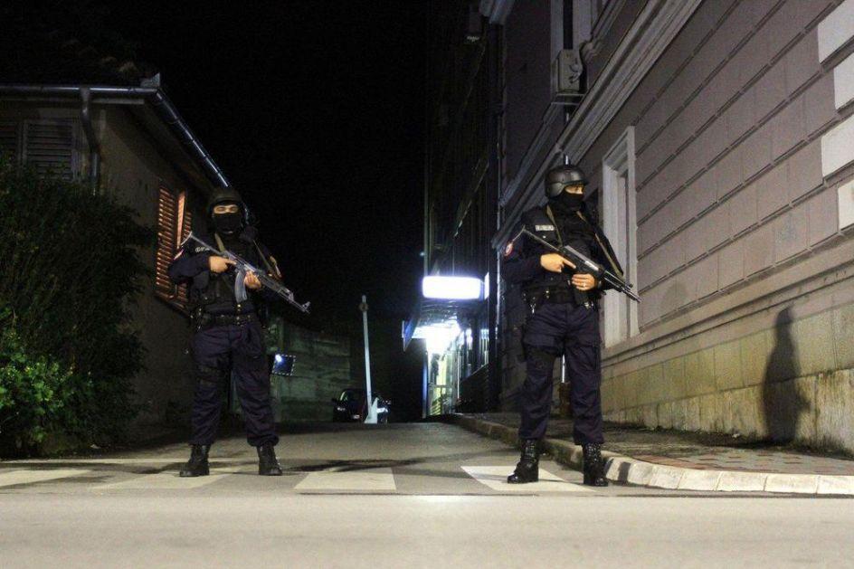 TRAŽIO SNAJPERISTU ZA ATENTAT NA DODIKA I CVIJANOVIĆEVU: Uhapšen zbog terorizma! U kući mu nađeni bomba, pištolj i propagandni materijal!