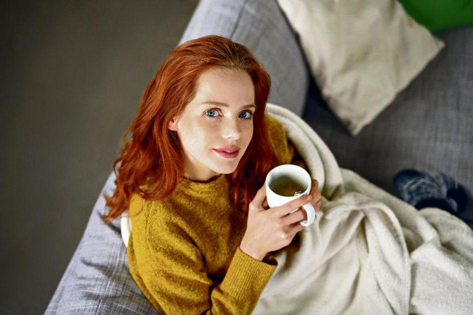 TREBA GA IPAK ZAOBIĆI U NEKIM SITUACIJAMA: Ne preterujte sa ispijanjem čaja, evo ZAŠTO!