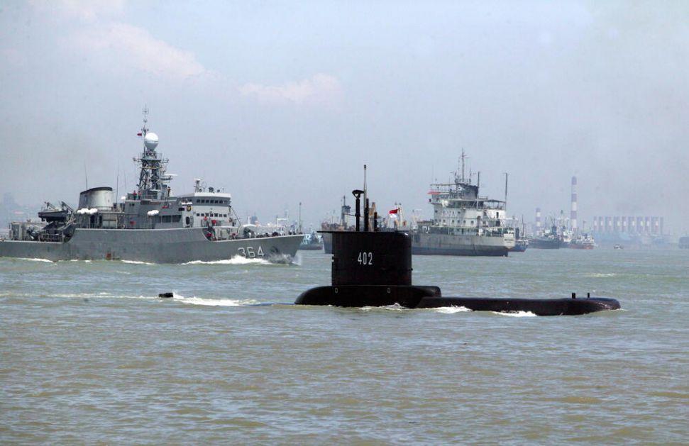 TRKA PROTIV VREMENA Ratni brodovi u potrazi za nestalom podmornicom, kiseonik nestaje za 72 sata!