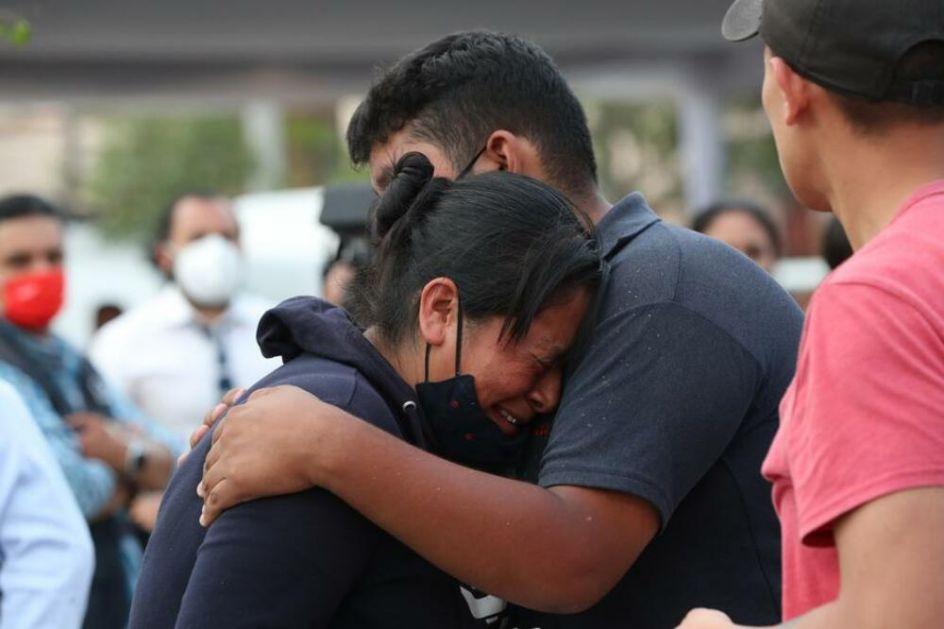 TRODNEVNA ŽALOST U MEKSIKU Vlada: Država će kazniti odgovorne za nesreću metroa