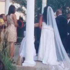 TRUDNICA UPALA NA VENČANJE, i onda je NASTAO HAOS! Video ove svadbe je pogledalo DEVET MILIONA LJUDI (VIDEO)