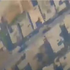 TURCI UHVAĆENI NA DELU: Rusi ih snimili kako prebacuju teroristima samohodne haubice na liniju fronta prema SAA (VIDEO)