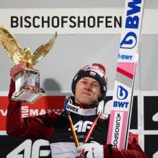 TURNEJA ČETIRI SKAKAONICE: Kubacki overio Bišofshofen i osvojio Zlatnog orla (FOTO)