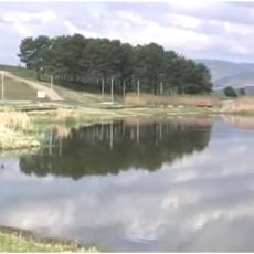 TUŽNO! U OVOM GRADU SE NE PLIVA ZA ČASNI KRST ZBOG ZAGAĐENJA: Aleksandrovačko jezero i ove godine pusto
