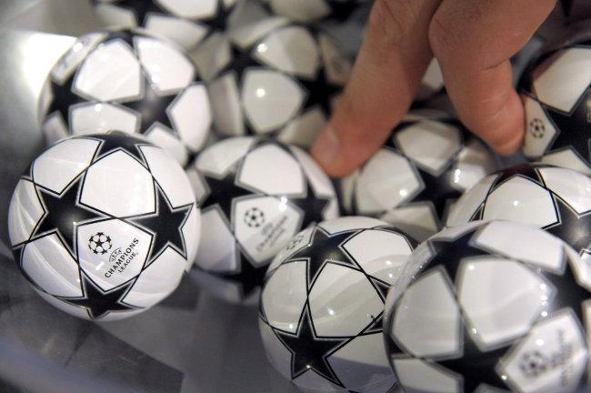 Tačno u podne, šta kaže matematika, ovo je simulacija žreba za Ligu šampiona!