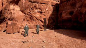 Tajanstveni blistav metalni monolit nađen u američkoj pustinji