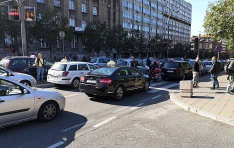 Taksisti odlučili da prekinu blokadu grada, veruju Vučiću