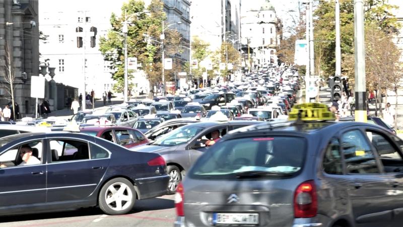 Taksisti ponovo zaustavili grad, veće interesovanje za CarGo