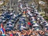 Taksisti sada odustaju od subvencija od 8.000 evra zbog kojih su danima blokirali grad