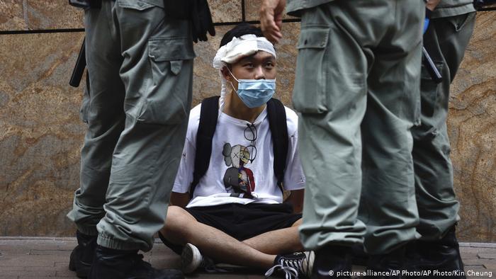 Talas iseljavanja iz Hongkonga zbog sukoba sa Pekingom