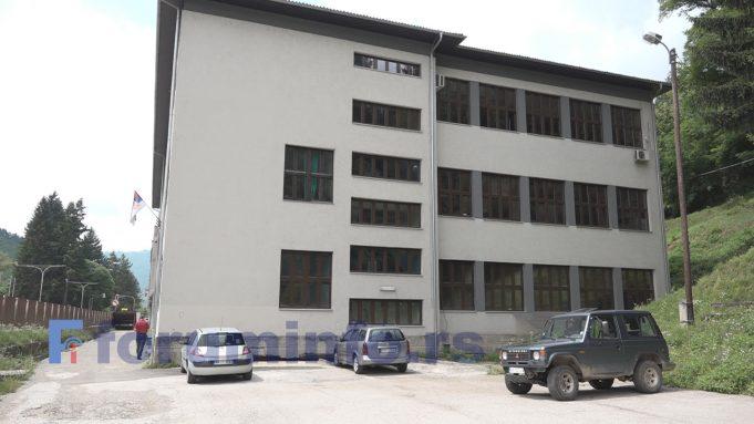 Tehnička škola u Prijepolju tokom ljeta planira sređivanje i asfaltiranje dvorišta