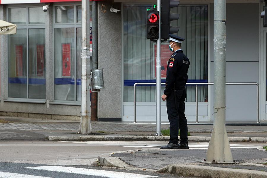 Tekstilci i obućari ljuti zbog (ne)opremanja policije Srpske