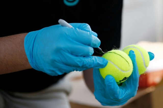 Tenis je živ!